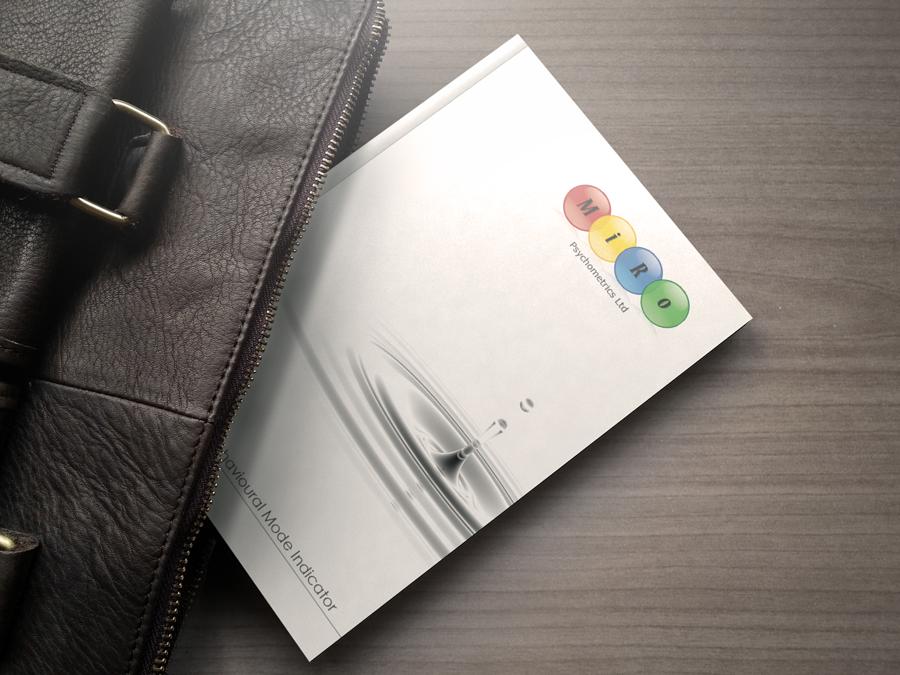 MiRo print design - Brochure in bag